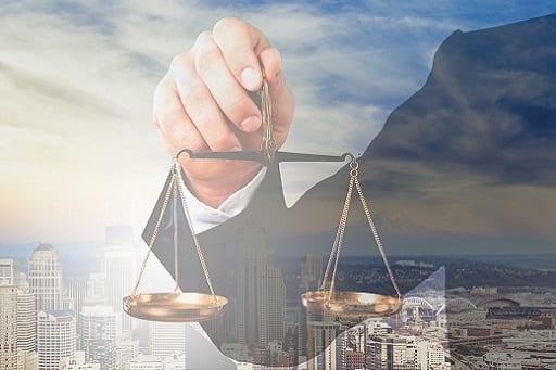 תביעות מקרקעין ומשפט מסחרי