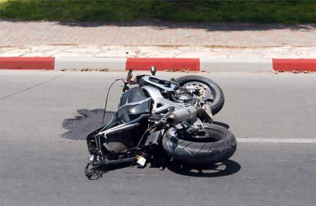 עורך דין תאונות אופנוע- ניהול תביעה בגין נזקי גוף בעקבות תאונת אופנוע